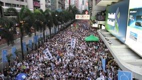 Hong Kong 1er juillet marche 2014 banque de vidéos