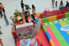 Hong Kong Event av älsklingen för familjen för världen för Disney ` s behandla som ett barn karneval Royaltyfria Bilder