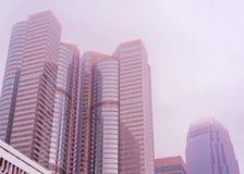 Hong Kong Exchange Skyscraper na névoa fotografia de stock royalty free