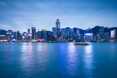 HONG KONG - 19 FEBBRAIO 2014: Punto di vista di notte di Hong Kong al 19 febbraio 2014 Fotografia Stock