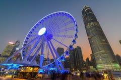 Hong Kong Ferris Wheel avec le bâtiment d'IFC Image libre de droits
