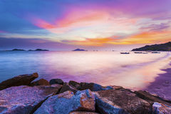 Hong Kong hav över solnedgång arkivbild