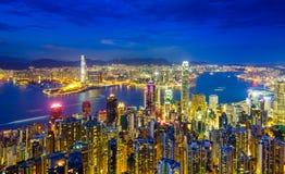 Hong Kong horisont på natten, Kina Royaltyfri Bild