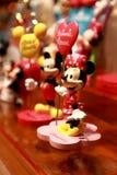 Hong Kong: Juguetes de Minnie y de Mickey Mouse Imágenes de archivo libres de regalías