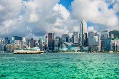 Hong Kong - JULI 27, 2014: Hong Kong horisont på Royaltyfri Bild