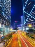 HONG KONG KINA - December 9 2016: Natttrafik i Hong Kong City arkivfoton