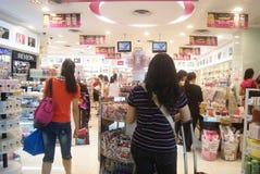 Hong Kong Kina: Sasa shopping Royaltyfria Foton