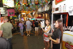 Hong Kong: Lan Kwai Fong Beer & Fest 2013 di musica fotografie stock libere da diritti
