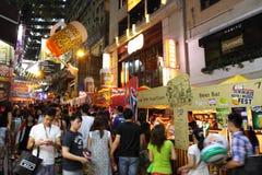 Hong Kong: Lan Kwai Fong Beer & Fest 2013 di musica fotografie stock