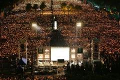 HONG KONG, LE 4 JUIN : Les gens joignent les mémoriaux pour le Tiananmen S Photographie stock