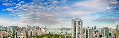 HONG KONG - 12 MAGGIO 2014: Punto di vista panoramico sbalorditivo di Hong Kong I Fotografia Stock Libera da Diritti