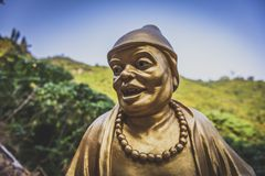 Hong Kong man feta Sze för November 2018 - tio tusen Buddhakloster arkivbild