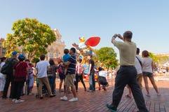 HONG KONG - MEI 08: Desfile de la tarde en Disneyland Hong Kong en Mei 08 2012 en China Foto de archivo libre de regalías