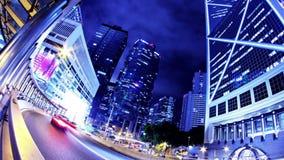 Hong Kong miasta noc Timelapse. Ciasny zoom Out Strzelał. zbiory
