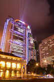 hong kong noc promieni scen drapacz chmur Fotografia Royalty Free
