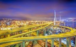 Hong kong nowożytnego miasta prędkości Wysoki ruch drogowy i zamazujący lekki ślad Zdjęcia Stock