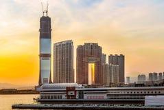 Hong Kong nyligen byggandeskyskrapor på västra Kowloon Arkivfoto