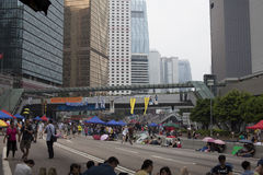 Hong Kong, Porcelanowy Oct 4, 2014, Zajmują centralę, Protestors blokują drogi w Hong Kong Środkowej dzielnicie biznesu Zdjęcia Royalty Free
