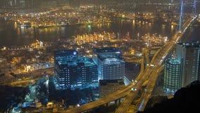 Hong Kong Port Terminal-nachttijdspanne China Gezoem uit stock footage