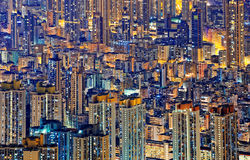 Hong Kong Public che vive in città alla notte Fotografie Stock