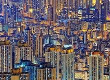 Hong Kong Public che vive in città alla notte Immagine Stock Libera da Diritti