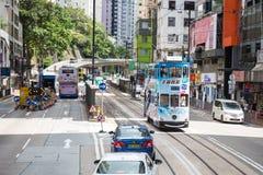 Hong Kong S a r - 13 luglio 2017: Tram o Ding Din del doppio ponte immagini stock