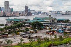 Hong Kong, SAR China - circa julio de 2015: Embarcadero y Hong Kong Maritime Museum centrales del transbordador imagen de archivo libre de regalías