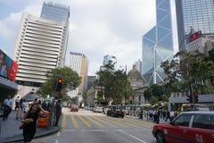 Hong Kong - 21 Sep, 2018: Mooie straat van modern Hong Kong-bedrijfsdistrict tijdens werkuren stock fotografie