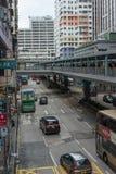 Hong Kong shoppar spångtrafikgatan Royaltyfria Bilder