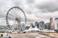 Hong Kong Skyline en Pier Overlooking Victoria Harbor central Fotos de archivo libres de regalías