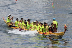 Hong Kong sportsmen on dragonboat Royalty Free Stock Images