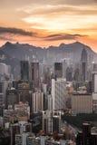 Hong Kong-Stadt zur Sonnenuntergangzeit Lizenzfreie Stockfotos