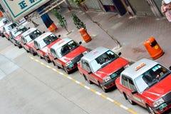 Hong Kong trafiksikt, väntande på affär för taxi Arkivbild