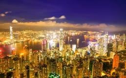 Hong Kong Victoria Harbor nattsikt royaltyfri bild