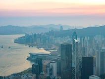 Hong Kong Victoria Harbour sikt i morgontiden Arkivfoton