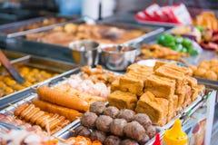 Hong Kong, 24 2016 Wrzesień: Hong Kong uliczny jedzenie przy jedzeniem s obrazy royalty free
