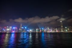 Hong- Kongstadtbild auf Sonnenuntergangdämmerungsstunde stockfotos
