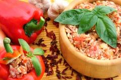 Hongaarse delicatesse, gevulde Spaanse peper Stock Afbeeldingen