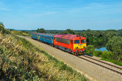 Hongaarse passangertrein Stock Afbeeldingen