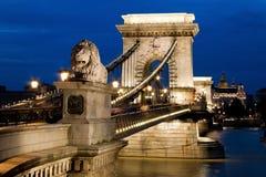 Hongarije, Boedapest, kettingsdruk. De Mening van de stad Royalty-vrije Stock Foto's