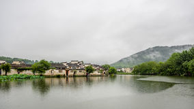Hongcun στις βροχές Στοκ Εικόνες