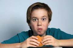 hongerige jongen Royalty-vrije Stock Fotografie