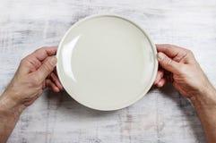 Hongerige mens die op zijn maaltijd wachten Stock Fotografie