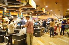 Hongkong, China: supermarket cashier checkout Stock Photography