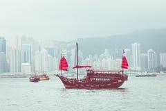HONGKONG JUNI 05, 2018: Sh träsegling för traditionell kines Royaltyfria Bilder