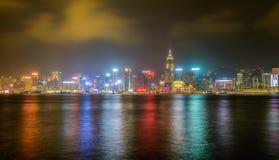 HONGKONG: NOVEMBER 3, 2015: Hong Kong Victoria Harbor på natten Arkivbild