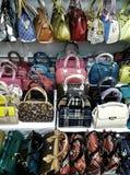 Hongkong torby na półkach Zdjęcie Stock
