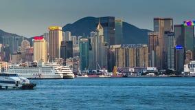 Hongkong Victoria Harbour, de högväxta byggnaderna av det finansiella affärsområdet 4K TimeLapse - Augusti 2016, Hong arkivfilmer