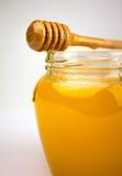 Honig auf einem Weiß Lizenzfreies Stockfoto
