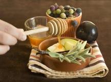 Honig und Apfel Stockbild